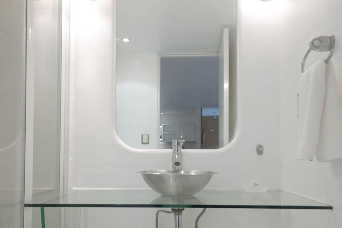 Suites Capri Polanco Bathroom